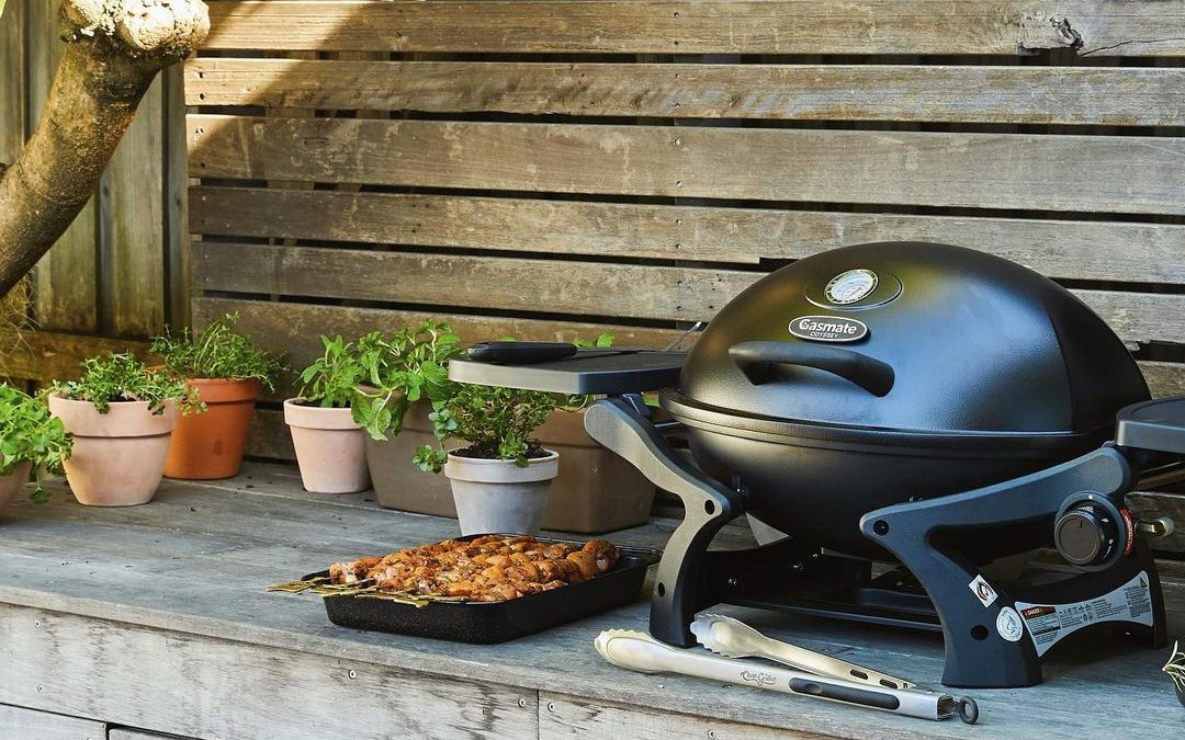 Our tips for hosting the best BBQ in Brightwood